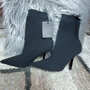 Zara Black Boot Womens Size 7.5
